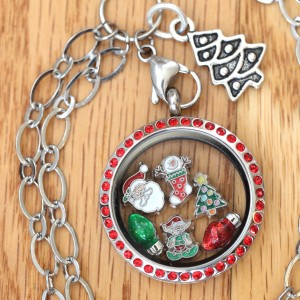 Merry Christmas Locket Set with Dangle