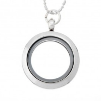 AS20 Medium Round Locket with jump ring and necklace